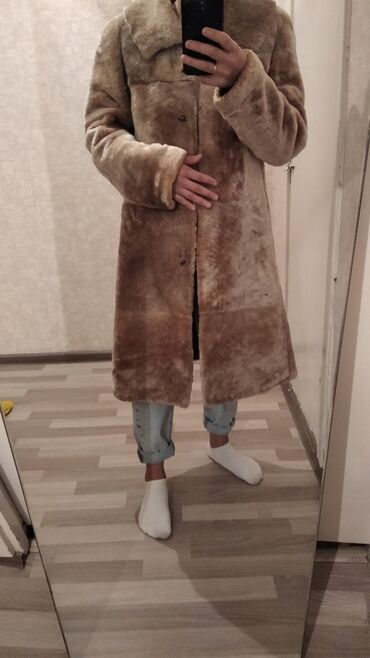 Шуба Шуба Мутоновая натуральная. Пятигорск фабрика АЛЕФ . Размер M-L