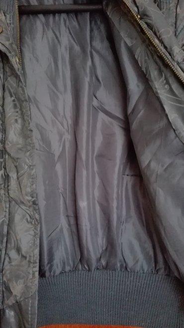 Siva jakna miss two kratka,m velicina,nosena i ocuvana. - Novi Sad - slika 2