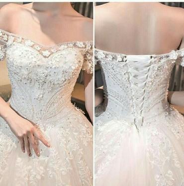 биндеры 160 листов для дома в Кыргызстан: Продаю очень красивое свадебное платье белого цвета ( + перчатки