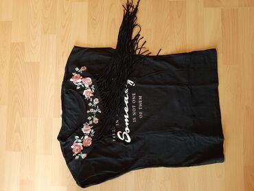 Majica velicina m - Srbija: Majica sa resama 250 din, uni velicina