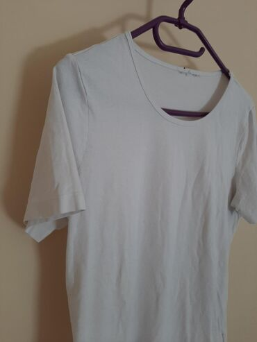 Tchibo zenska majica. Veličina M