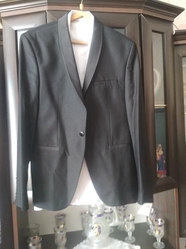 Костюм новый один раз одевали на свадьбу брали за 6 тысяч