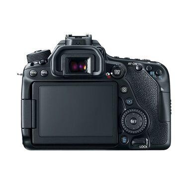 фотоаппарат canon eos 650 d в Кыргызстан: Canon 80d body в отличном состоянии