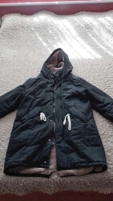 Куртка зимняя на мальчика лет 15-ти. очень теплая, брали за 5000с в Бишкек
