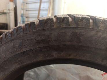225 70 17 летние шины в Кыргызстан: Продаю резины комплект 225/55/17 и почти новые 95% жирная!