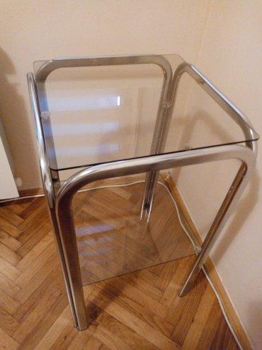 Staklena polica(sa dve police) i dva staklena klub stolića(idu jedan - Pancevo