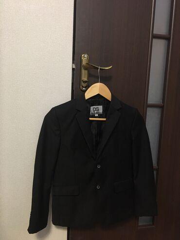 биндеры 450 листов механические в Кыргызстан: Продаю школьную форму для третьего класса(двойка: пиджак и брюки)