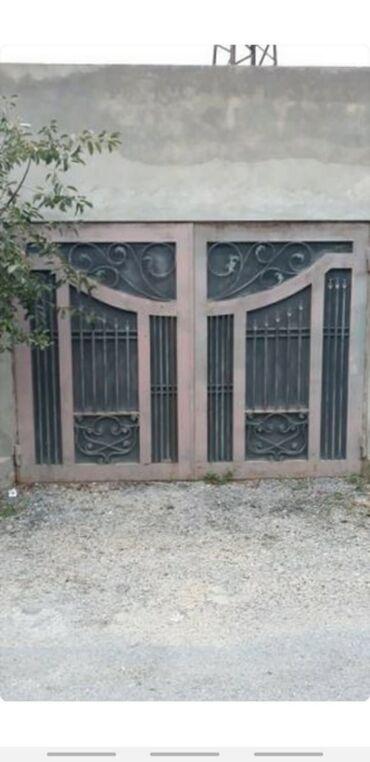 qaraj - Azərbaycan: Darvazalar
