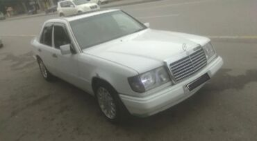 kredite avtomobiller в Азербайджан: Mercedes-Benz E-класс AMG 2.3 л. 1990   450000 км