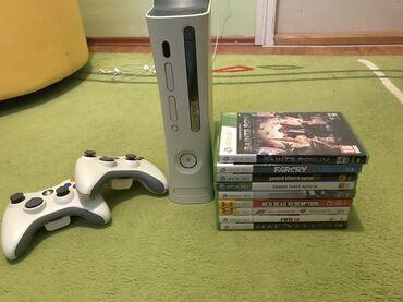 Xbox 360 & Xbox | Srbija: XBOX360 60GB, nije cipovan, 2 dzojstika, igrice se vide na slici