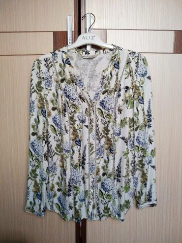 Красивая, очень женственная блузка / в Бишкек