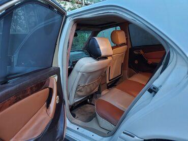 Mercedes-Benz 230 2.3 l. 1997 | 310100 km