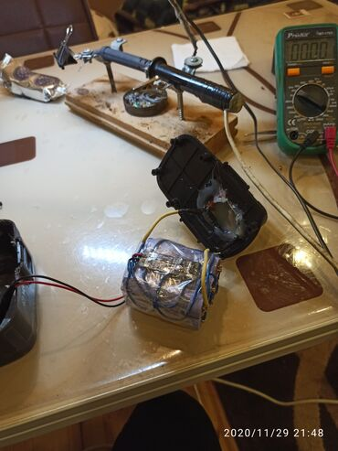 зарядное устройство 18650 в Азербайджан: Drel akkumlyatorlarının təmiri.Li-ion 18650 batareyalar ilə