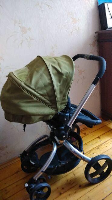 Коляска Mothercare SpinБлагодаря поворотному устройству сиденье