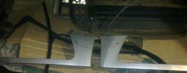 субару форестер сг5 бампера ,пороги ,решотка радиатора, брызговики , р в Токмак