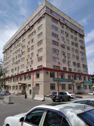 4 комнатные квартиры в бишкеке цена в Кыргызстан: 4 комнаты, 180 кв. м С мебелью