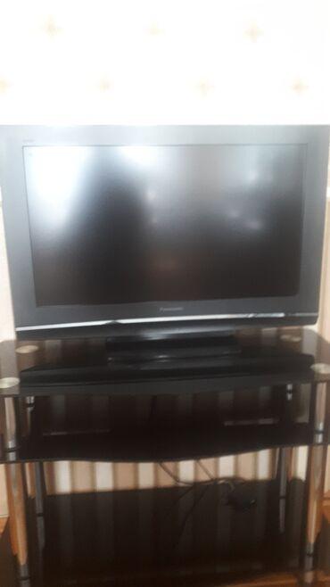 Televizorlar - Yeni - Bakı: 82 ekran Panasonik tv əla vəziyyətdə altlıqıyla birlikdə 230 man