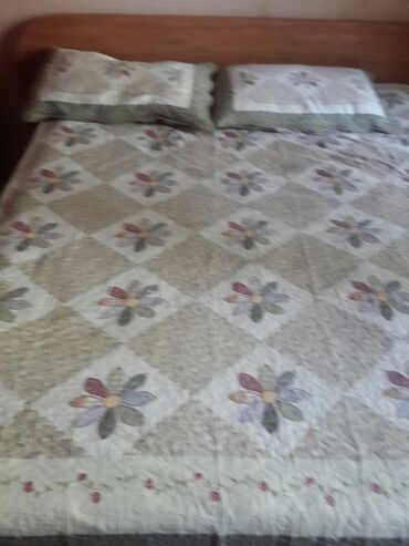 stakan steklo 180 ml в Кыргызстан: Продается 2-х спальн. кровать,шатура, 180 на 160, без матраса