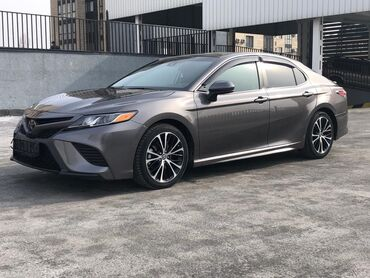 Toyota - Бишкек: Toyota Camry 2.5 л. 2018 | 37000 км