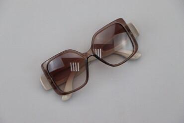 Аксессуары - Киев: Жіночі сонцезахисні окуляри Sepori     Стан гарний, є подряпинки