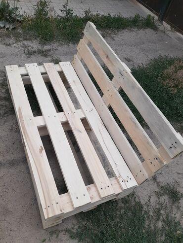 Продаю мебель из поддонов, комплект стол и два кресла