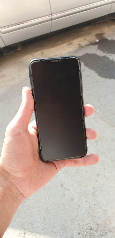IPhone X | 64 GB | Boz (Space Gray) | İşlənmiş | Simsiz şarj, Face ID