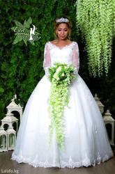 Свадебные платья, фата и аксессуары. Распродажа. Платья новые  в Бишкек