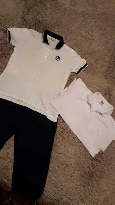 детская клетчатая рубашка в Кыргызстан: Школьная одежда.2 рубашки, и брюки.На 8-9 лет.За всё 600 сом