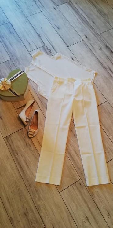 Boja-bele-kafe - Srbija: Y trend velicina 34 boja izmedju bele i bez. Preslatke pantalone