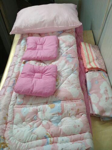 биндеры 160 листов для дома в Кыргызстан: Продаются новые одеяла и подушки!!!Одеяло из шерсти -1 спальное