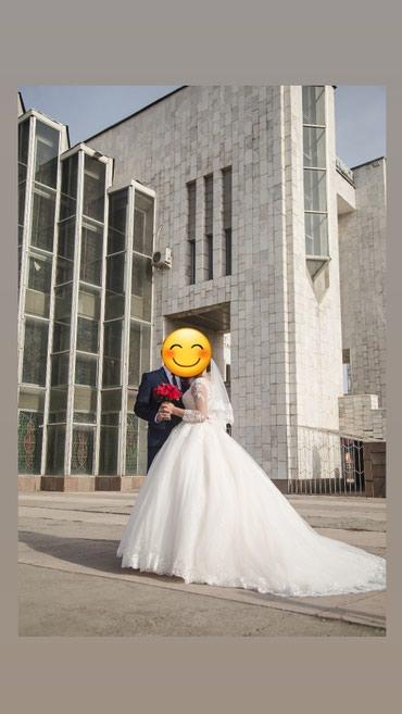 Сдается свадебное платье на прокат, размер регулируется(42-44-46-48) в Бишкек
