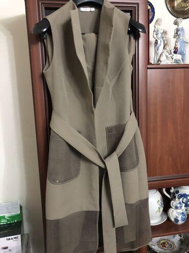 Итальянский брючный костюм размер М-Л цена 2000сом брала