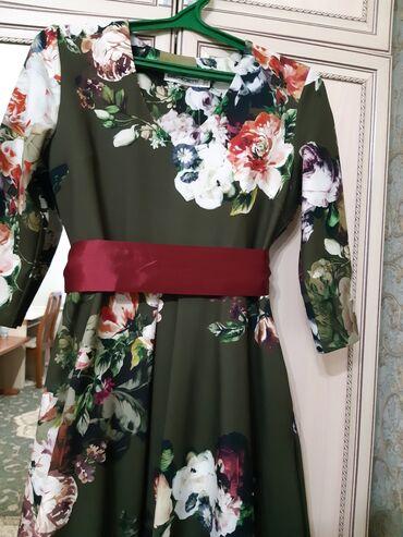 вечернее нарядное платье в Кыргызстан: Очень красивое, нарядное платье,состояние идеальное, рукава 7/8 цена