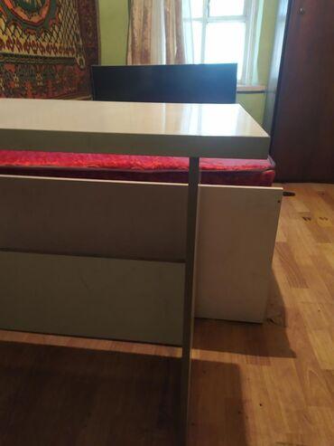 Продаю кровать 1,2х2+ стол