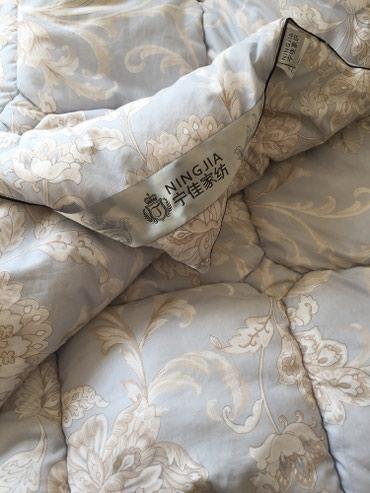 Одеяло тёплое полуторка 2-шт цена 900 сом одна шт. в Бишкек