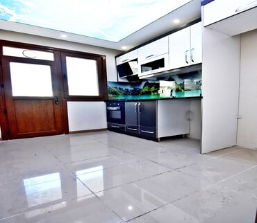 Apartment for sale: 3 bedroom, 120 sq. m