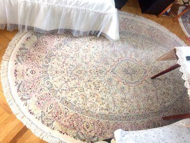 Iran ipek xalcasi 2x3 oval az ishlenib 800 manata alinib 300 azn satir