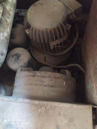 мотор-холодильника-цена в Кыргызстан: Мотор 3фахы 1.5киловатт от холодильника большого СССР либо обмен