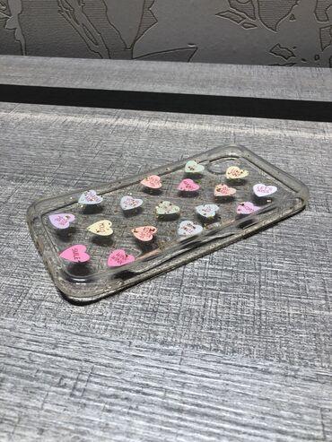 Чехол на iPhone XR hearts