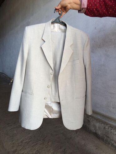 Продаю костюм мужской размер 50-52! Одевали один раз!