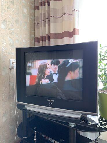 Телевизор Samsung + стекл подставкаОба в отличном состоянии, как