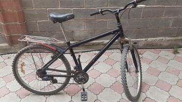 Велосипед черный, полностью рабочий. Комплектация: крыло, стойка