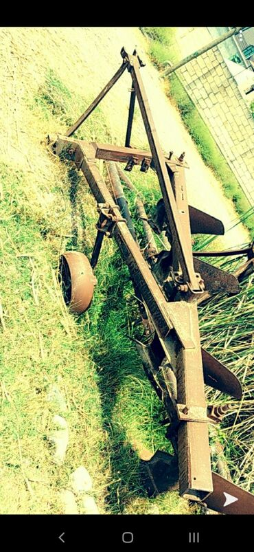 Kənd təsərrüfatı maşınları - Ucar: Ekin ucun.kotan ve mala .ayri ayriliqdada satilir.mala 800 manat