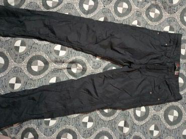 Продаются плащевые штаны чёрные б/ у в Бишкек