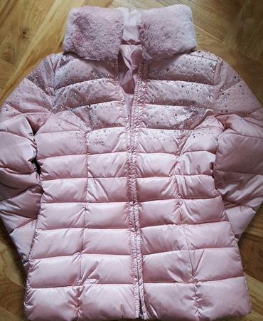 Nova jakna sa prirodnim krznom, veličine 36, 38, 40 i 42. Snižena cena - Crvenka