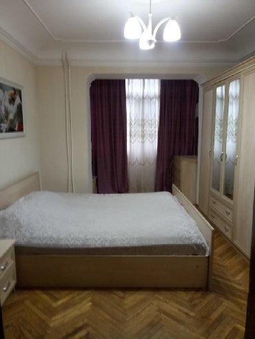 снять квартиру посуточно почасово - Azərbaycan: Посуточно сдается 2 комнатная квартира в самом центре г Баку