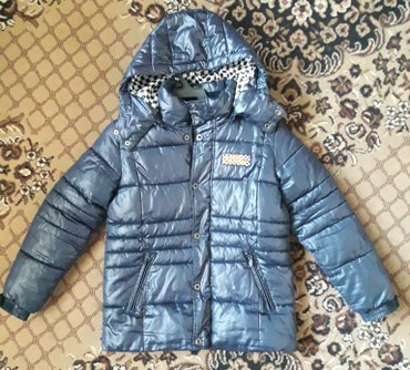 Куртка осень-зима, в хорош.состоянии. На 9-10 лет в Бишкек
