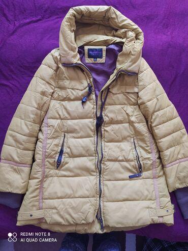 Куртки - Кыргызстан: Женская куртка очень хорошего качества. Был в употреблении только один