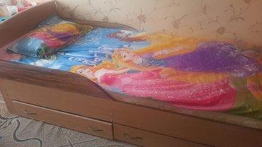 Продается хорошая кровать с ортопедические матрасом с двумя выкатными  в Бишкек