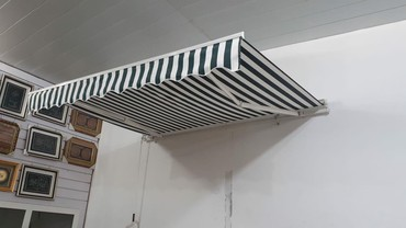 Дом и сад в Тауз: Açilib yiğilan zontik,teze,200×300ölçude,rolikli,620m,diger bağ